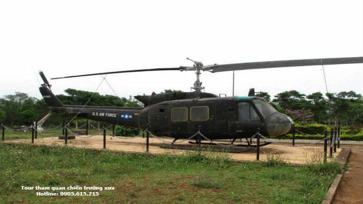 Tour ghép-đoàn Huế đi tham-quan khu-phi-quân-sự DMZ Quảng-Trị